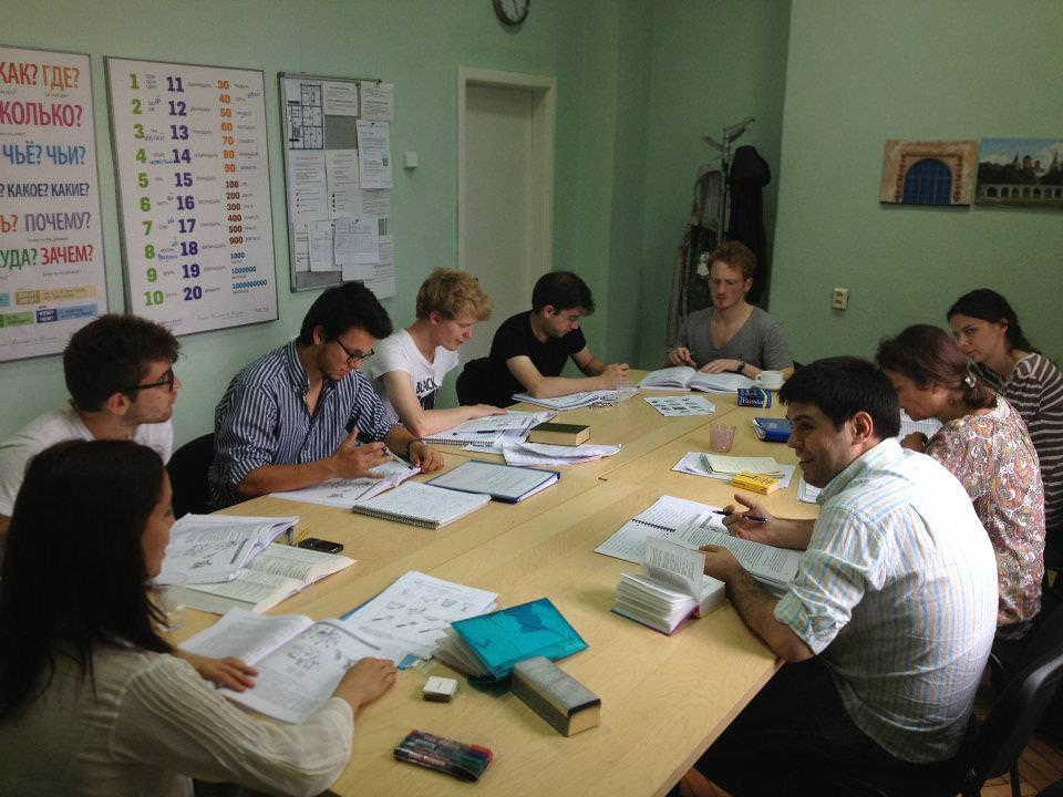 Dạy tiếng Việt cho người Nga