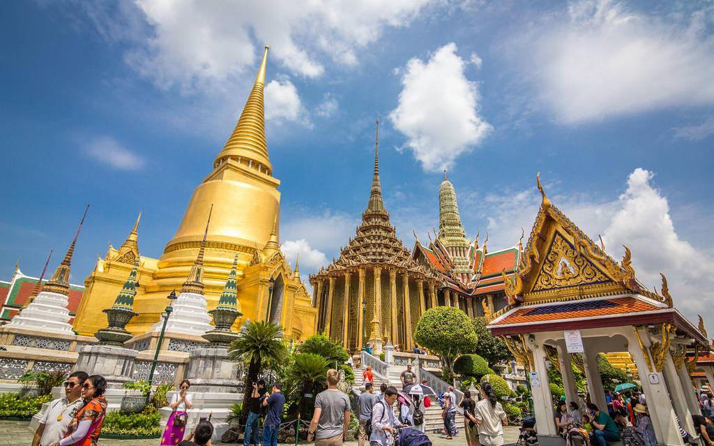 phien dich tieng thai lan