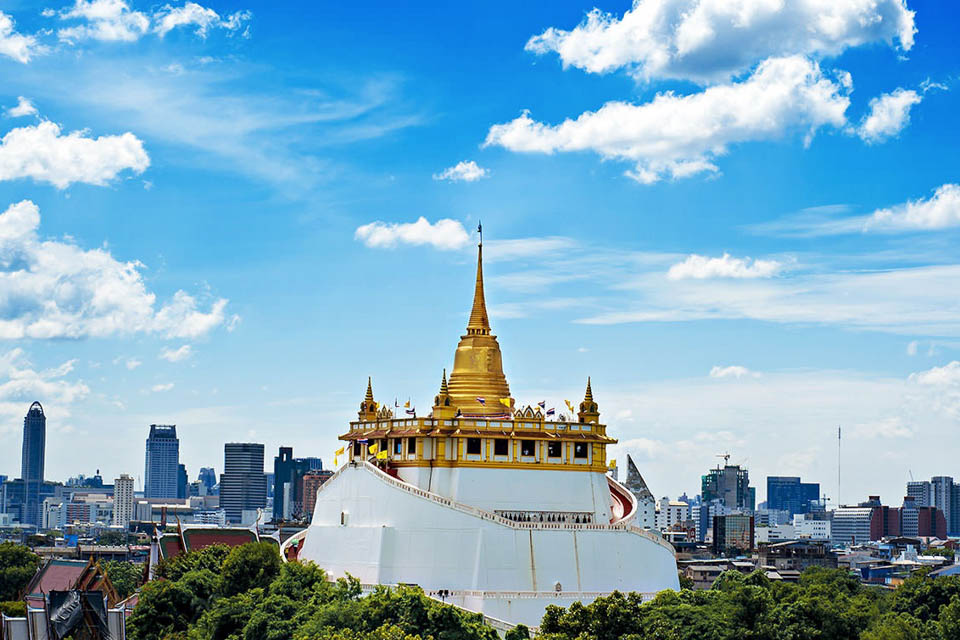 phien dich vien tai thai lan