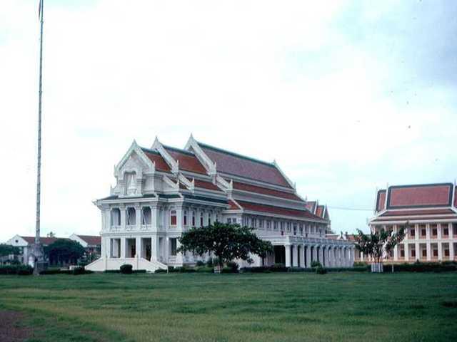 Trường đại học hoàng gia Thái Lan chulalongkorn